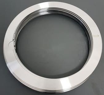Distanciador o separador metálico